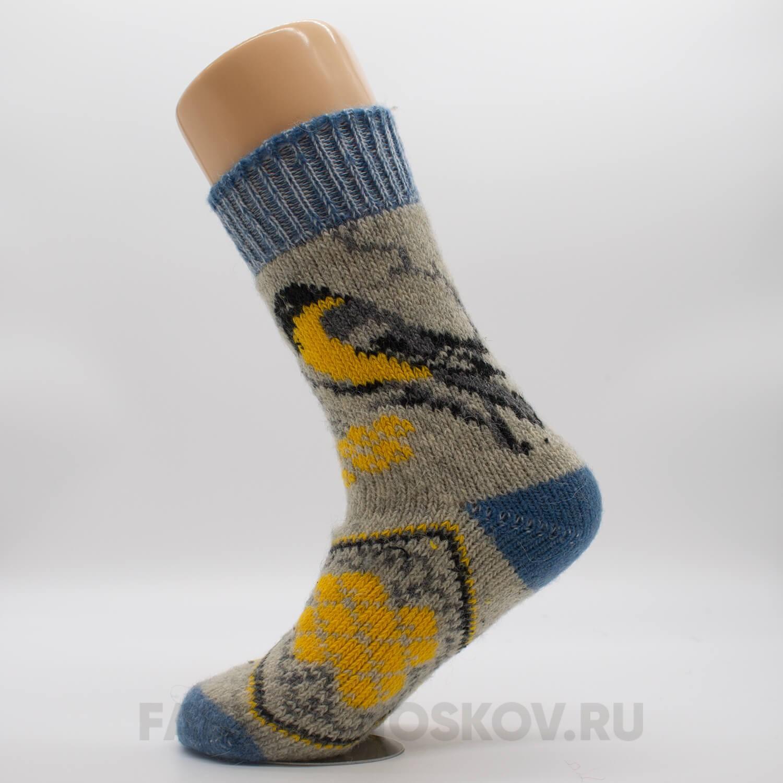 Женские носки со снегирем