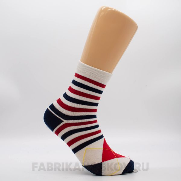 Мужские носки с полосками и ромбами