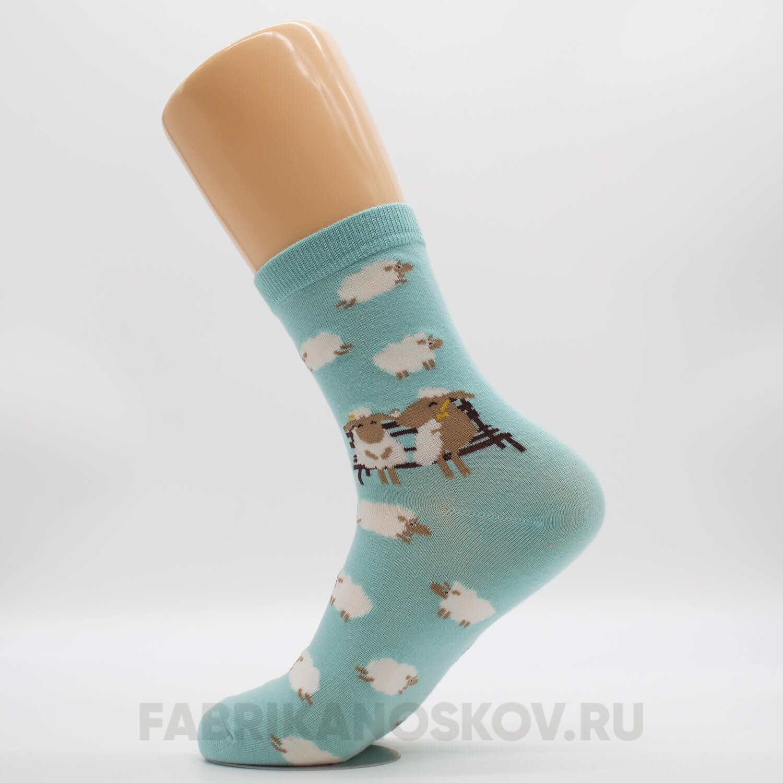 Женские носочки «Овцы на скамейке»