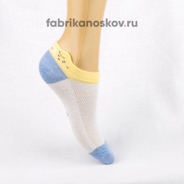 Короткие детские носки с изображением мордочки на задней части